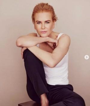ニコール・キッドマンのナチュラルヘアをファンが絶賛(画像は『Nicole Kidman 2020年10月21日付Instagram「It was a privilege to speak with @MichaelIdato for #TheUndoing」』のスクリーンショット)