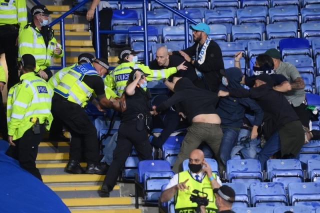 レスターvsナポリでファンが衝突 [写真]=Getty Images
