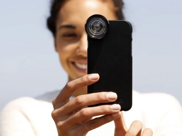 iPhoneでプロ並みの写真を!隅々までくっきりと撮れるレンズ「OOWA」が登場