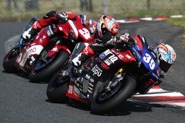 岡本裕生(BLUcRUニトロレーシング51ガレージ YAMAHA)、作本輝介(Astemo Honda Dream SI Racing)/2021年全日本ロード第7戦オートポリス ST1000 決勝