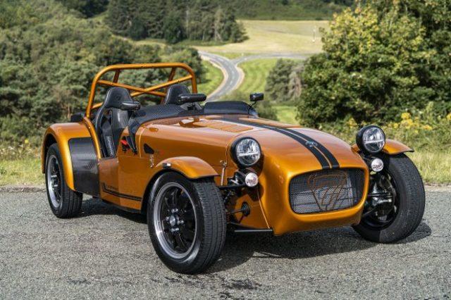 ケータハム・セブン170の乾燥重量440kgは、同ブランドの量産車では史上最軽量となる