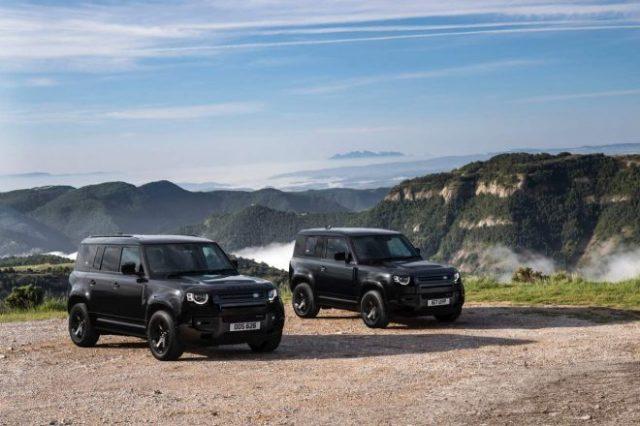 内外装の各部をブラックで統一し、より精悍さを高めた日本独自企画の特別仕様車『DEFENDER ダブルオーブラック エディション』が180台限定で登場