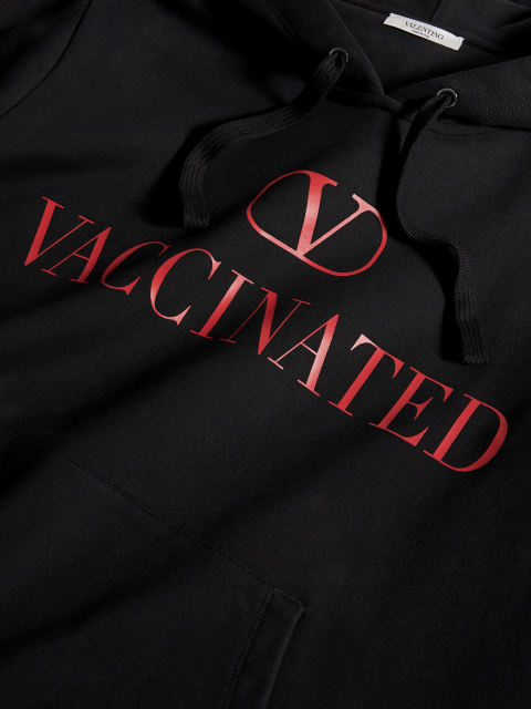 VACCINATEDプリントパーカー                    Image by: VALENTINO